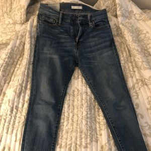 Ambercrombie & Fitch Women's super skinny jeans